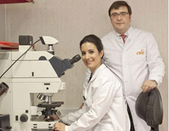 Dr. Olmos y Dra. elena Castro